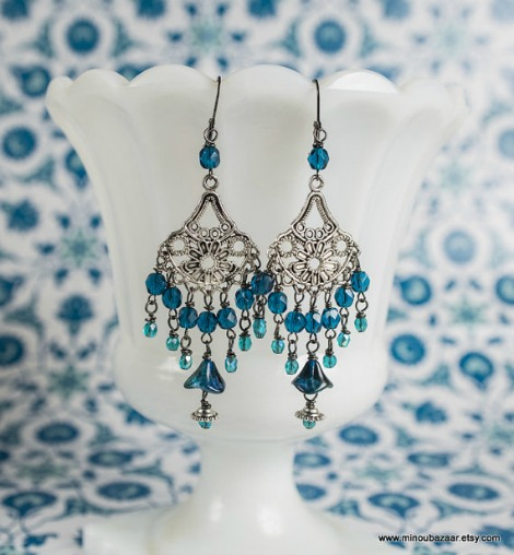 Minou Bazaar Blue Peacock Earrings - silver metal with blue dangling beads in a chandelier form